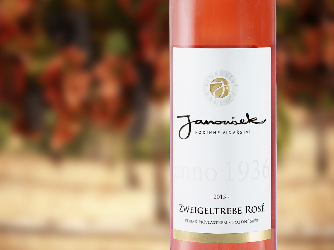 zweigeltrebe-rose-vino-janousek